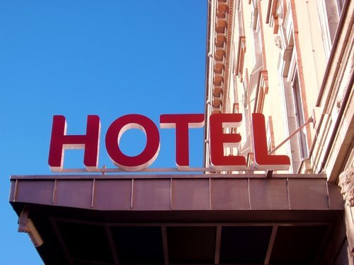 How Hotels Can Utilise Refurbished Tech